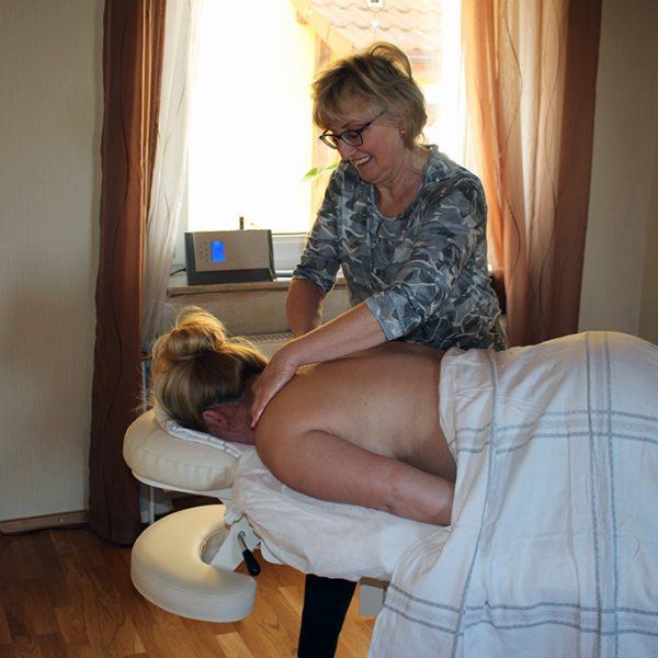 Heilpraktikerin Swetlana Firl - Leistungsspektrum Massage